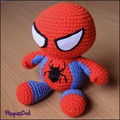 Spiderman kawaii amigurumi, hecho a mano por encargo con amor, chibi muñeco Spidy – Handarbeiten - AMIGURUMI Crochet Gifts, Cute Crochet, Crochet For Kids, Crochet Dolls, Crochet Baby, Knit Crochet, Amigurumi Patterns, Amigurumi Doll, Crochet Patterns