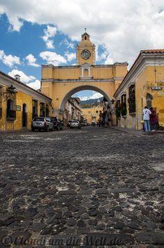 Arco de Santa Catalina in Antigua #Guatemala >> more Pics on the travel blog