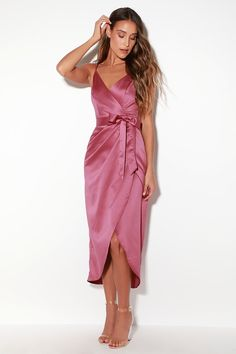Wrap yourself in luxury with the Lulus Joice Mauve Purple Satin Midi Dress! Soft and stunning satin shapes a surplice bodice and wrapping midi skirt. Purple Satin, Purple Cocktail Dress, Purple Dress, Cocktail Dresses, Green Dress, Satin Midi Dress, Satin Dresses, Trendy Dresses, Wedding