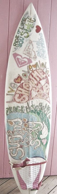 Feminine decorated surfboard.  For similar pins please follow me at - https://www.pinterest.com/annelouise1959/summer-loving/