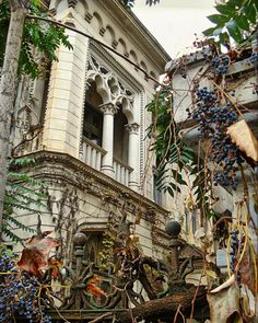 Charming Bucharest♡ House on Jean Louis Calderon Street, Bucharest, Romania Beautiful Castles, Beautiful Buildings, Beautiful Architecture, Art And Architecture, Romania Travel, Bucharest Romania, Urban Sketching, Fall Photos, Best Cities
