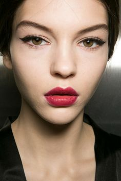 Red Lips at Dolce & Gabbana Fall 2013 - Backstage