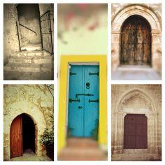 Portes de monuments et d'entrées