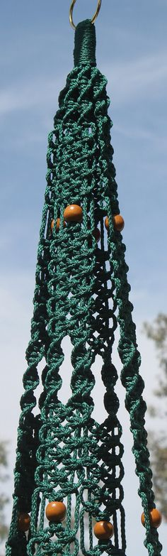ENCHANTMENT Handmade Macrame Plant Hanger por ChironCreations