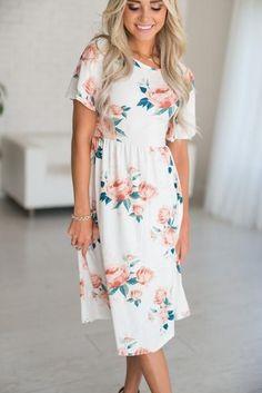 af32b1e175bd Jana Floral Midi Dress I need this floral dress is my closet!   mindymaesmarket