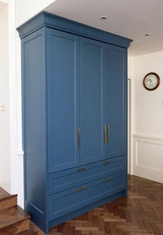 Handmade kitchen, the crockery cupboard. Bedroom Cupboard Designs, Bedroom Cupboards, Handmade Kitchens, Armoire, Furniture Design, Modern, House, Projects, Home Decor