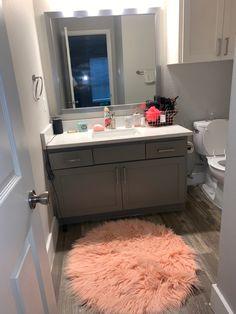 Cute Room Decor, Teen Room Decor, Room Ideas Bedroom, Bedroom Decor, Apartment Decorating On A Budget, Apartment Ideas, Teen Apartment, Girl Apartment Decor, Aesthetic Room Decor