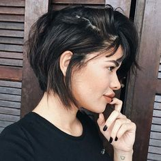 "7,081 Likes, 161 Comments - ShortHair | CabeloCurto (@meucabelocurto) on Instagram: ""Gatissíssima Veronica Lima, de Uberlandia, MG. A @_vrnclima conta que tem o cabelo curto desde…"""