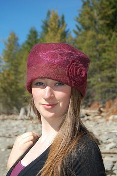 Merino and Silk Felted hat by Elisa Shine, via Flickr