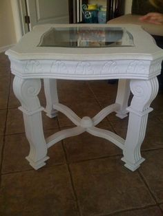 Side Table Upcycled to Chabby Chic Beaut