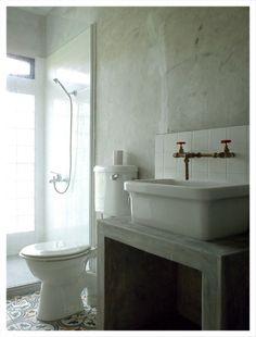 washroom_concrete