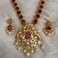 Gffffttr I will be try arr too mucht the Gold Earrings Designs, Gold Jewellery Design, Necklace Designs, India Jewelry, Temple Jewellery, Gold Necklace Simple, Jewelry Model, Beaded Jewelry, Fashion Jewelry