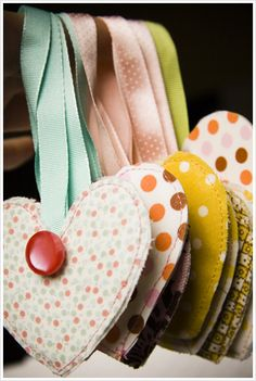 what adorable ornaments! use your fabric scraps.