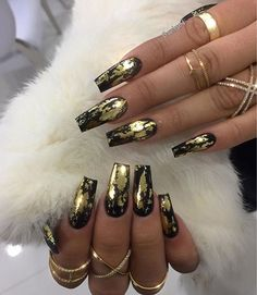 107 classy fall gold nail art designs page 25 Ongles Bling Bling, Bling Nails, Stiletto Nails, My Nails, Glitter Nails, Gold Acrylic Nails, Gold Nail Art, Gold Coffin Nails, Gold Chrome Nails