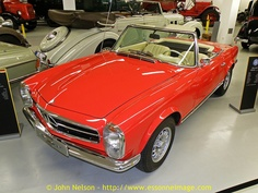 Mercedes Benz 250SL,