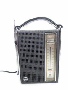 General Electric AM/FM Transistor Radio