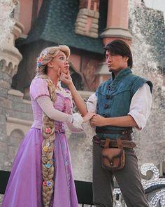 Disney Dream, Disney Magic, Walt Disney, Disney Fairies, Disneyland Face Characters, Disney Characters, Rapunzel Outfit, Princess Rapunzel, Princess Bubblegum