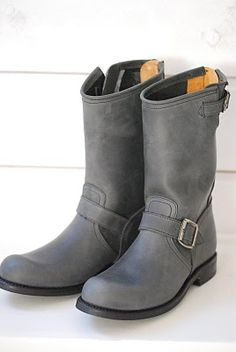 don't have any grey boots!  Love these!