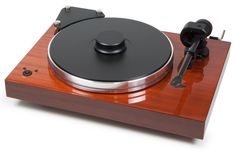 Xtension 9 Evolution is a high-class audiophile turntable that offers superlative vinyl performance from a compact luxurious turntable/tone arm configuration! Xtension 9 Evolution chassis is made from