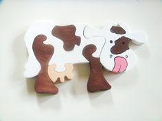 Eplabiter -  Handmade wooden cow puzzle Puslespill ku http://epla.no/shops/lilleboden/