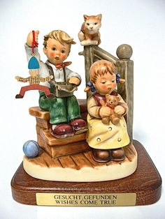 Goebel Hummel Exclusive Edition 2000 / 2001 M.I.Hummel Club Kindheitsträume / Wonder of Childhood / Wishes come true Nr. 2025 A $250.00