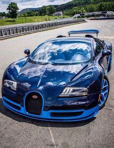 Bugatti Veyron Grand Sport Vitesse #bugattisupercar