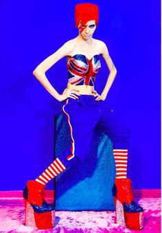 Descosido: BOWIE MANIA: Daniel Bracci x GUN Fashion Magazine