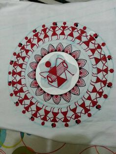 Indian Artwork, Indian Folk Art, Indian Art Paintings, Worli Painting, Mandala Painting, Fabric Painting, Madhubani Art, Madhubani Painting, Saree Painting Designs