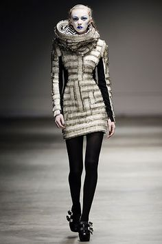 Gareth Pugh Autumn/Winter 2008 Ready-To-Wear Collection | British Vogue