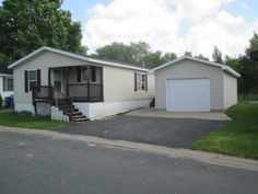 2001 Skyline Mobile / Manufactured Home in Blaine, MN via MHVillage.com