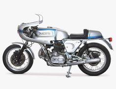 vintage-motorcycles-gear-patrol-ducati-900ss