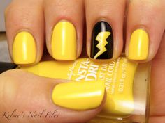 change the black to and make these cute Chargers themed nails for April