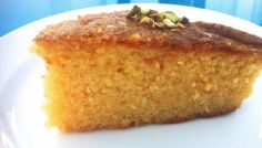 Greek Ravani / Revani recipe (Coconut cake with syrup) . Looking for a traditional Greek Ravani recipe? This locally sourced recipe with step by step Greek Sweets, Greek Desserts, Köstliche Desserts, Greek Recipes, Delicious Desserts, Dessert Recipes, Cake Recipes, Baklava Dessert, Orange Sponge Cake