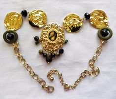 $2.00 - Goldtone Disk & Brown Bead Necklace (122716-24 NEC) fashion, jewelry #Unknown #Disks