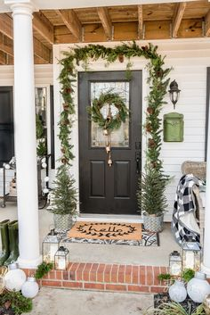 Farmhouse Christmas Porch: Tips for Creating a Beautiful and Affordable Christmas Porch Front Door Christmas Decorations, Christmas Planters, Christmas Front Doors, Christmas Door, Holiday Decor, Christmas Porch Ideas, Christmas Christmas, Xmas, Merry Christmas