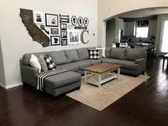 Wall Decored Living Room Diy Layout Furniture Placement 51 Ideas For 2019 Home Living Room, Living Room Furniture, Living Room Designs, Living Room Wall Decor Ideas Above Couch, Small Furniture, Apartment Furniture, Furniture Stores, Arrange Furniture, Living Room Themes