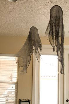 DIY Dementors using cheesecloth, fabric stiffener, and balloons