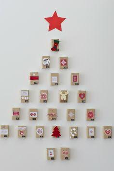 calendrier-Avent-fabriquer-boîtes-allumettes-décorées-ornements-étoile-rouge-carton calendrier Avent à fabriquer