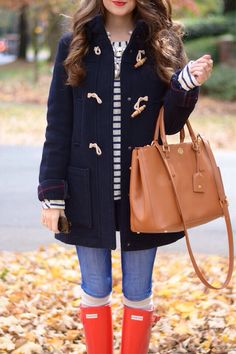 Adorable fall outfit... love the red rainboots