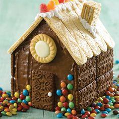Hacé las recetas más ricas y originales para los cumples los más chicos Cupcake Factory, Sweet Recipes, Party Time, Gingerbread, Desserts, Food, Happy, House Cake, Chocolate House