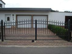 Schmiede eisernen Zaun aus Polen Der Zaun ist für unser Haus und Eigentum vor Fremden zu schützen, sondern auch, um uns zu vertreten.