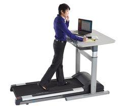 Kävelypiste, pöytä ja kävelymatto