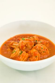 Camarones en salsa de tomates y especias: una idea para tu cena de San Valentín/ Shrimp with tomatoes sauce and spices: an option for your Valentine dinner