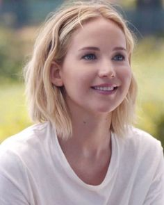 Jennifer Lawrence Hunger Games, Jennifer Lawrence Hot, Iskra Lawrence, Nicholas Hoult, Chris Martin, Kentucky, Happiness Therapy, Mtv, Jennifer Laurence