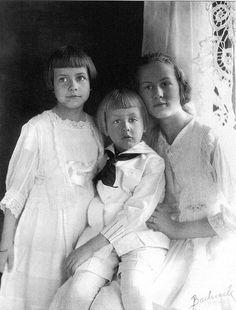 NY, 1918 | Moms: 100 Years in Photos