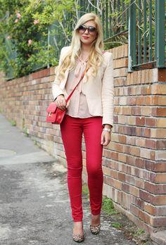 Strawberry skinnies, ivory blazer, blush blouse, flats.