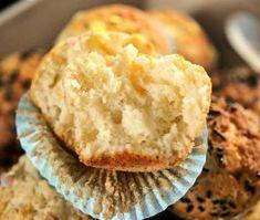 Briose simple cu iaurt - Dulciuri fel de fel - briose simple de casa Mashed Potatoes, Muffin, Breakfast, Ethnic Recipes, Food, Whipped Potatoes, Morning Coffee, Smash Potatoes, Muffins