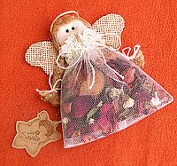 orange angel ornaments upick trim color set of by snownosecrafts 650 - PIPicStats Christmas Makes, Christmas Angels, Christmas Art, Christmas Projects, Christmas Tree Ornaments, Christmas Decorations, Diy Angels, Handmade Angels, Angel Crafts