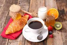 طريقة  ماسك القهوة والعسل لتفتيح البشرة Chocolate Fondue, Toast, Honey, Breakfast, Desserts, Food, Morning Coffee, Tailgate Desserts, Deserts