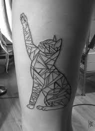 Resultado de imagem para geometric cat tattoo